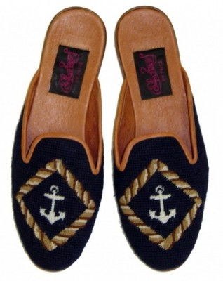 TW877 Anchor on Navy Needlepoint Mule