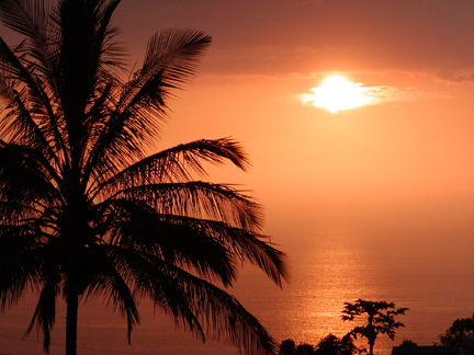 oceanview_sunset.jpg (65641 bytes)