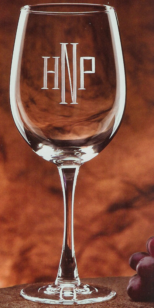 engraved wine glass.jpg (159853 bytes)