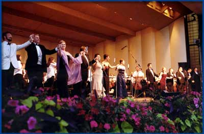 LOCAA ensemble with conductor Carlos Kalmar at the LOCAA Grant Park Concert in August 2003.