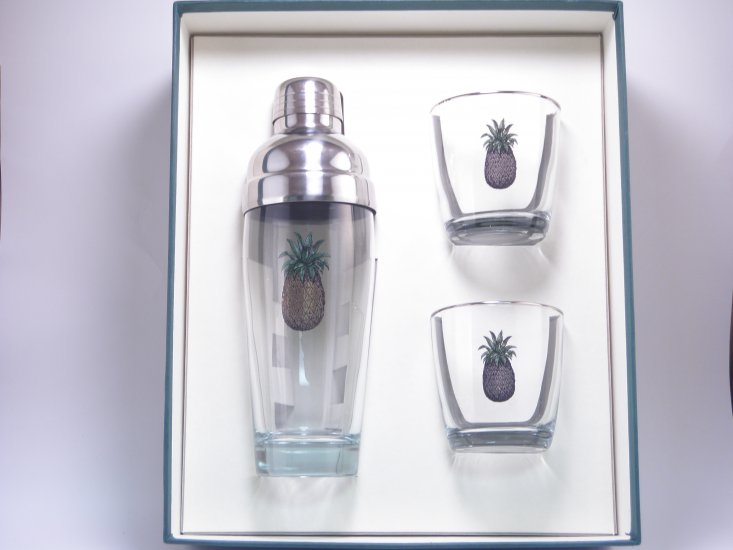 Pineapple, Cocktail Shaker, Set w/2 Tapered Old Fashioned, Gift - Click Image to Close