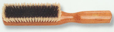 clothes brush 4.jpg (16789 bytes)