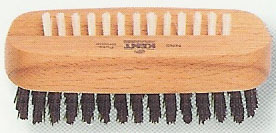 nail brush 2.jpg (21587 bytes)